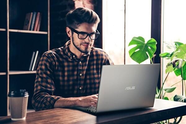 Asus X515JFBR040T Intel Core i5 4GB Ram 256GB Ssd MX130 Notebook Gri