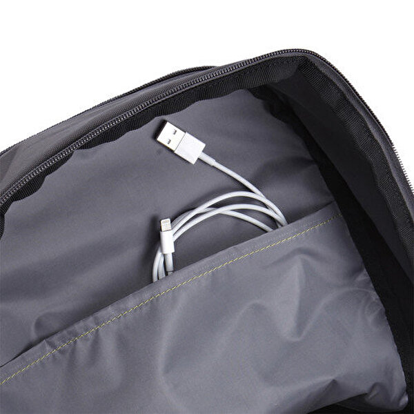 """Case Logic Ca.Wmbp115K Jaunt 15.6"""" Siyah Notebook Çantası"""