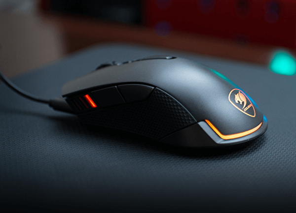 Cougar CGR-WOMI-REV Revenger Gaming Mouse