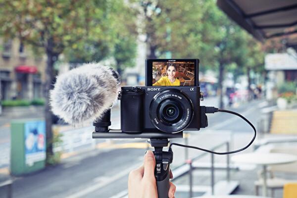 Sony A6400LB 16-50MM Lens Kit 24MP APS-C Fotoğraf Makinesi