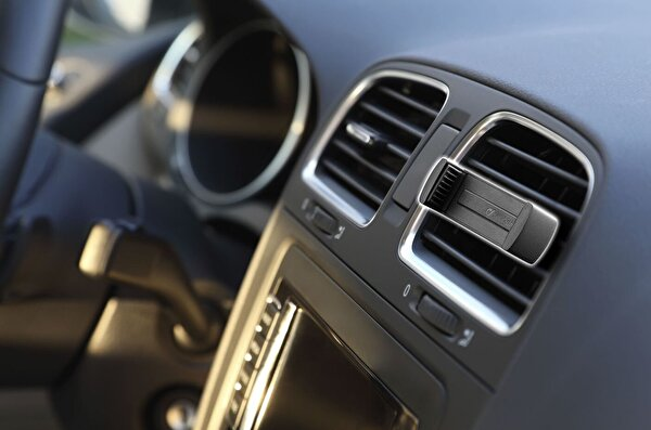 Cellularline Siyah Handy Drive Araç İçi Tutucu